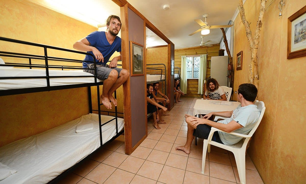 6-bed-budget-dorm