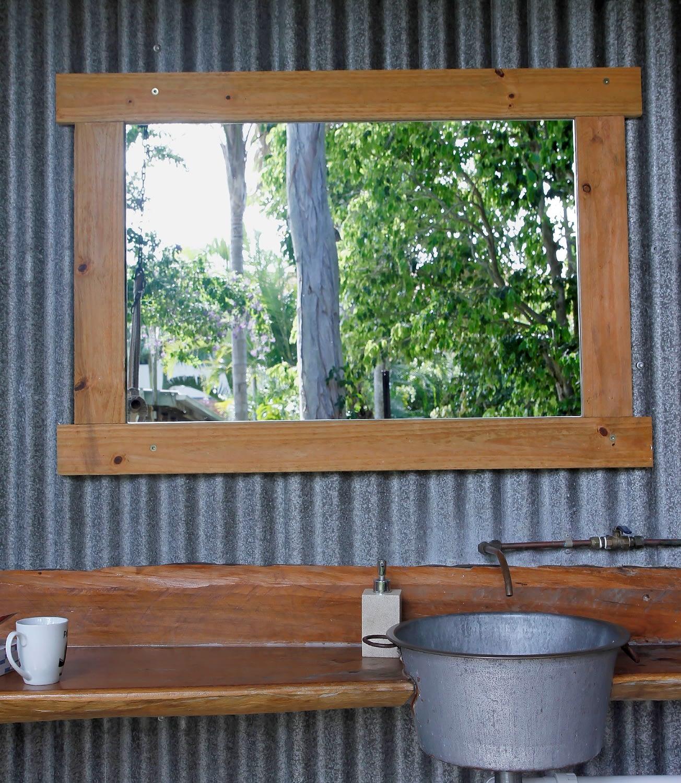 woolshed_outdoorbathroom3