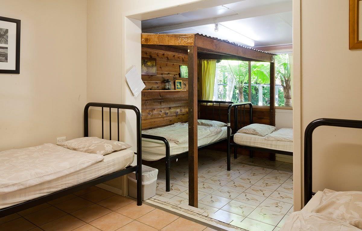 4-bed-dorm-no-bunks
